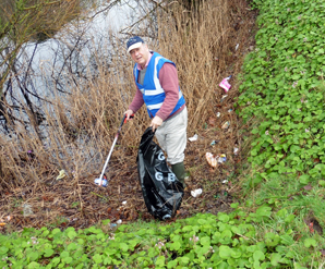 Fort Brockhurst litterpick 01